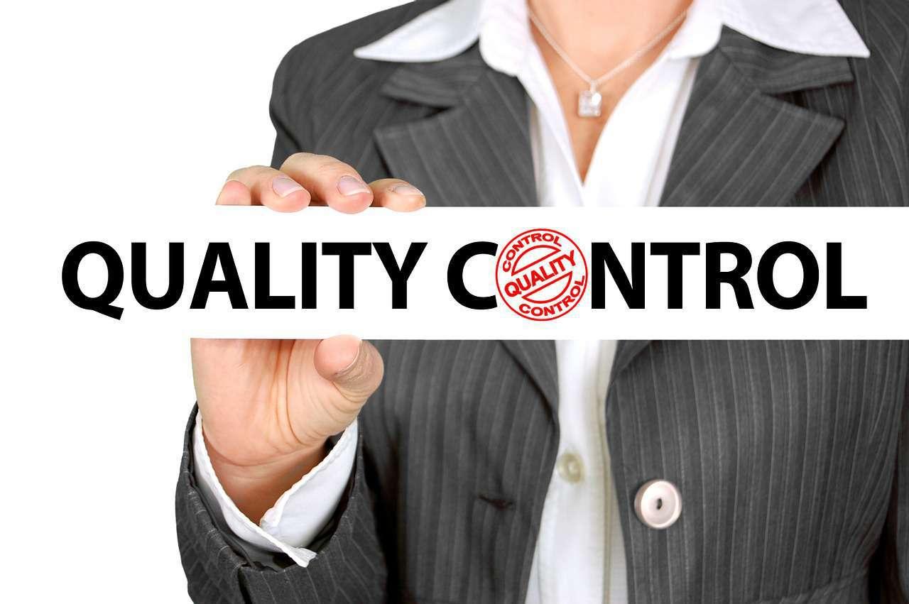 Qualitaetskontrolle-durch-Zertifizierung-der-Anlageberater